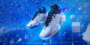 Nike tung ra mẫu sneaker mới lấy cảm hứng từ PS5, giá gần 3 triệu đồng