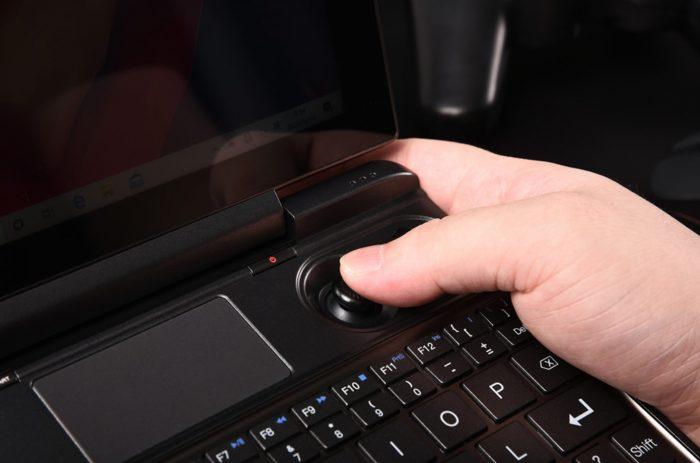 GPD Win Max 2021 handheld gaming laptop 5 Game Cuối