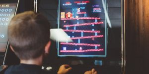 Trẻ em Trung Quốc chỉ được chơi game trực tuyến đúng 1 tiếng vào các ngày cuối tuần và ngày lễ