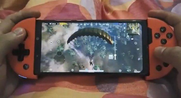 Tay cam choi game Flydigi Wee 2T 2 Game Cuối